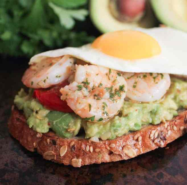 Avocado-Toast-with-Charred-Tomatoes-Garlic-Shrimp-and-Fried-Eggs-7