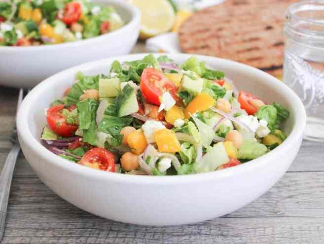 Chopped-Greek-Salad-With-Avocado-Chickpeas-and-Lemon-Dressing-5