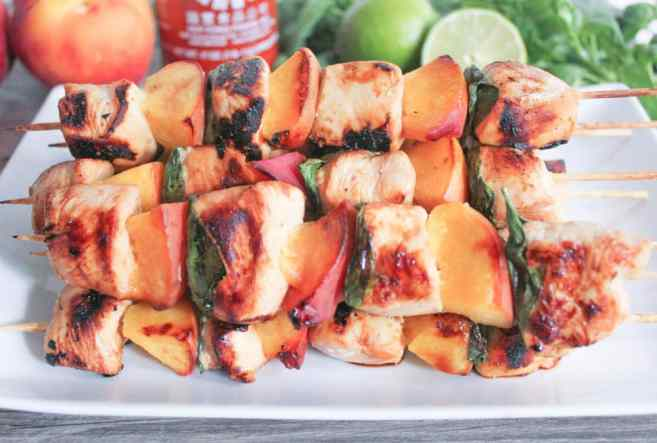 Sriracha-glazed-grilled-chicken-skewers-with-peaches-and-basil-5