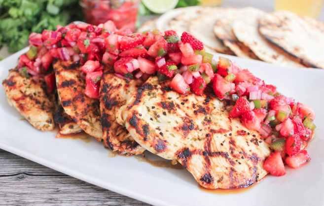 Cilantro-lima-pollo-con-fresa-jalapeño-Salsa-6