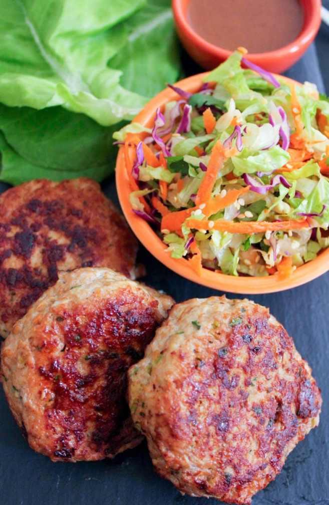 Paleo-Chinese-Chicken-Salad-Burgers-8