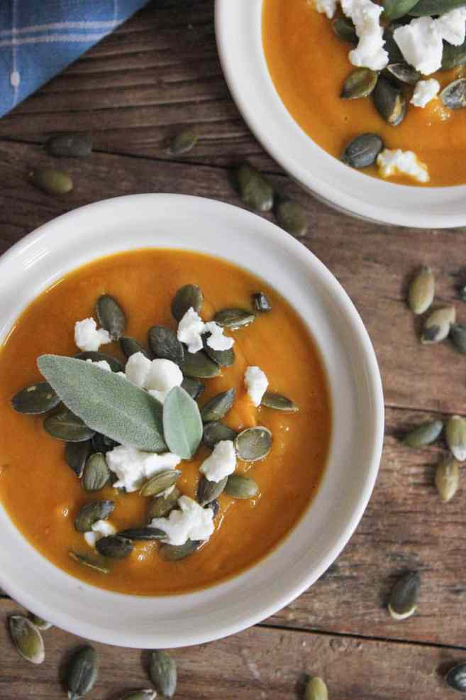 Butternut-Squash-Soup-with-Roasted-Garlic-Goat-Cheese-and-Pepitas-4