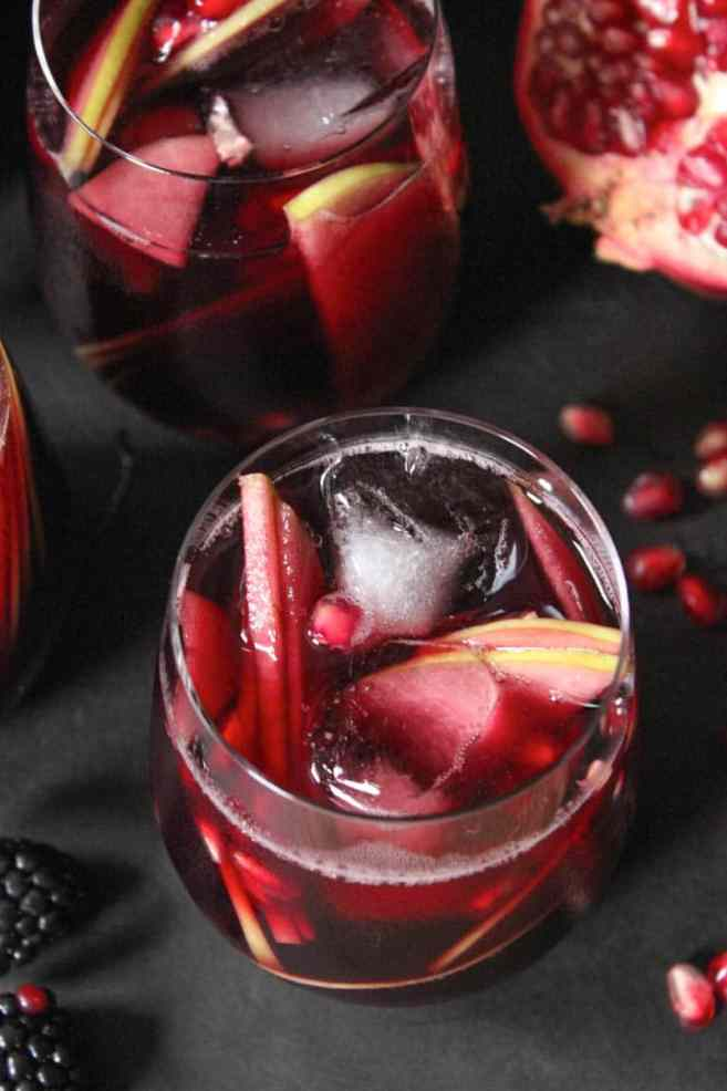 autumn-sangria-with-apples-pomegranate-blackberries-4