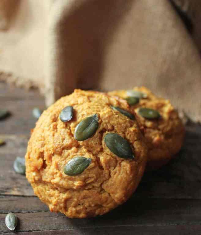 Pumpkin-Sour-Cream-Muffins-2