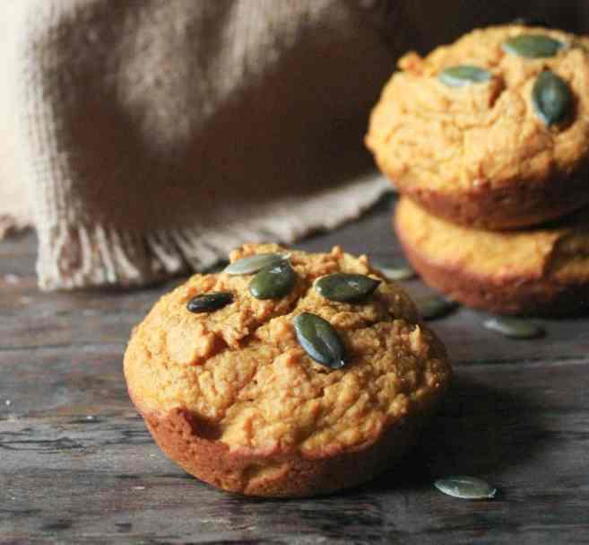 Pumpkin-Sour-Cream-Muffins-7