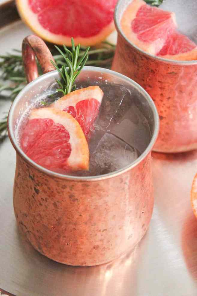 grapefruit-rosemary-moscow-mule-cocktail-4
