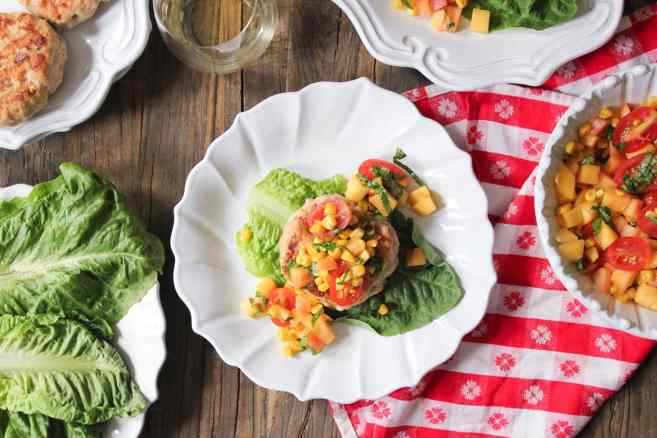 chicken-and-goat-cheese-burgers-with-peaches-corn-and-cherry-tomatoes-9