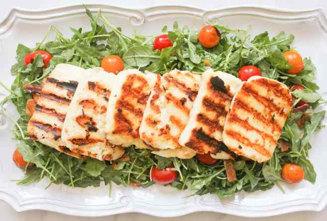 BLT-Salad-with-Grilled-Halloumi-step-10