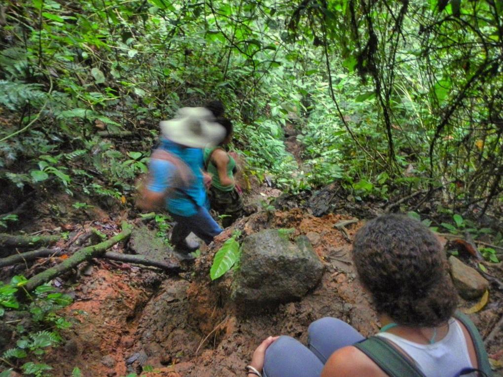 Hiking rio celeste tenorio
