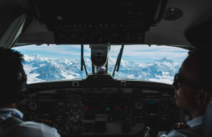 everest flight experience review