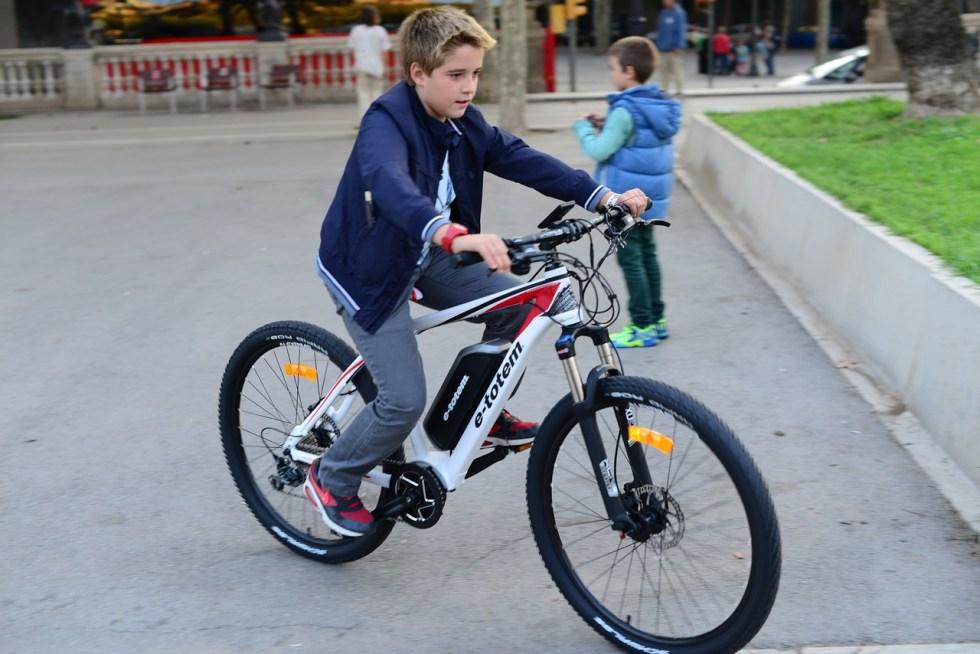 kid riding