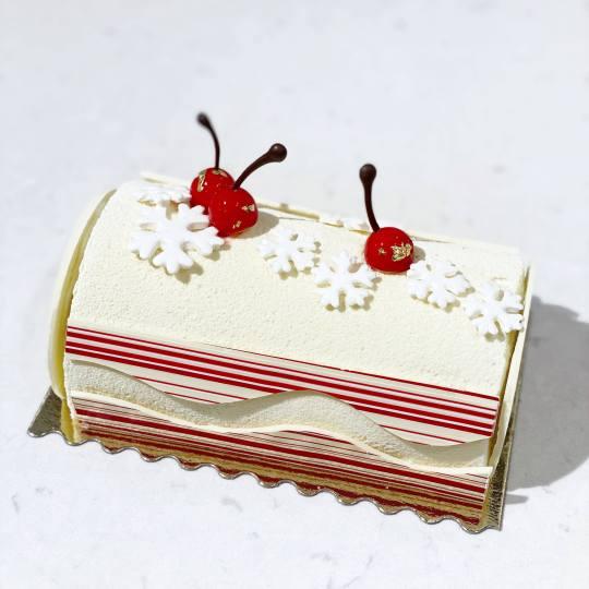 Cherry Tiramisu Buche de Noel 2020