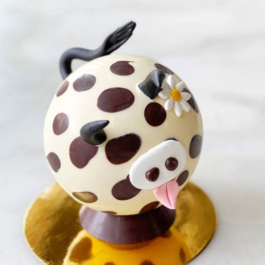 Easter Eggimal - Clara the Cow