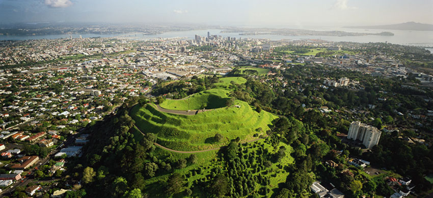 Auckland_OneTreeHill_domonthego