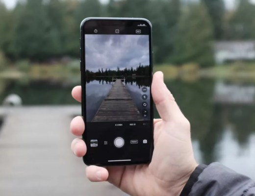 Turn Your phone into a mini dslr with Moment app Do More Be More