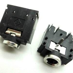 3 Pezzi 3F07, dual-channel, 3.5 audio jack, headphone jack, 5 feet