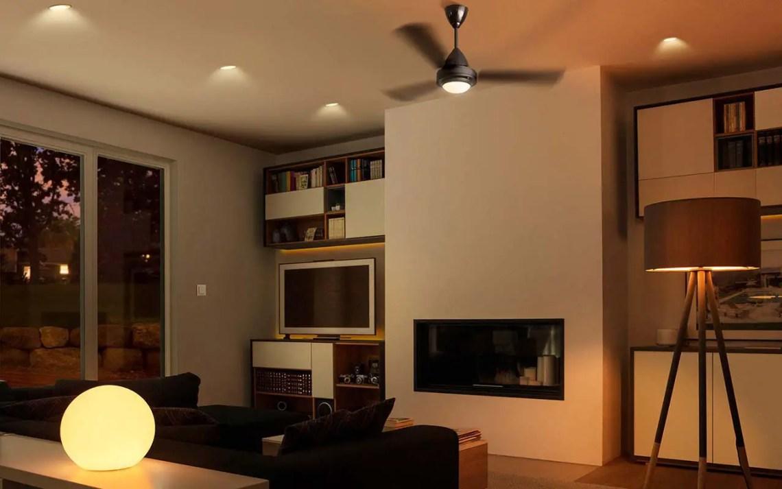 Lampade Attaccate Al Soffitto come rendere smart un lampadario (e come controllarlo