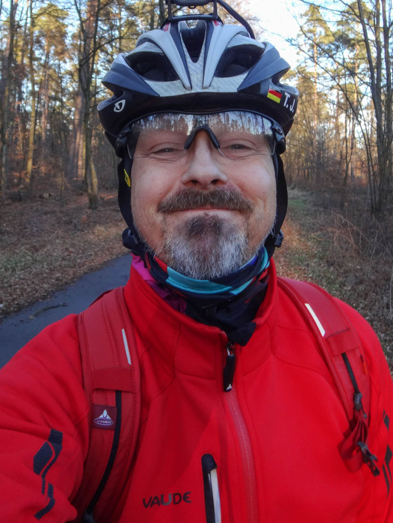 Cycling face