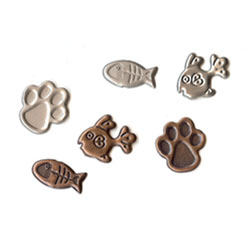"Antique Assorted -- 5/8"" Cat Paw & Fish -- Paper Fasteners -- 25 Pack"