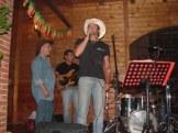 Talvolta cantiamo e... balliamo...