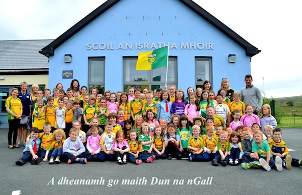 Frank with fellow teachers and pupils at Stramore National School. Pics by Geraldine Diver.