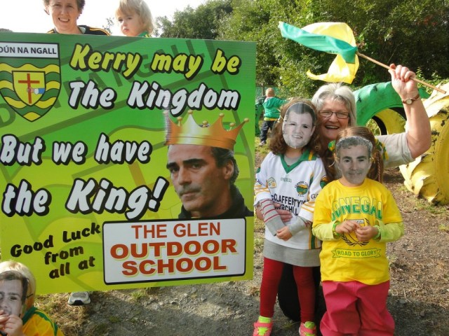 McGuinness and Murphy Rally the troops at The Glen Outdoor School in Glenswilly