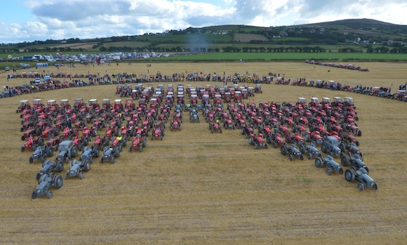 The largest number of Ferguson Tractors used to make the Fergusoin Logo at the world record attempt in Burt Co Doengal. Pic-Clive Wasson