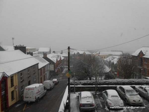Snow at The Market Square in Letterkenny. Photo by Martin Connaghan.