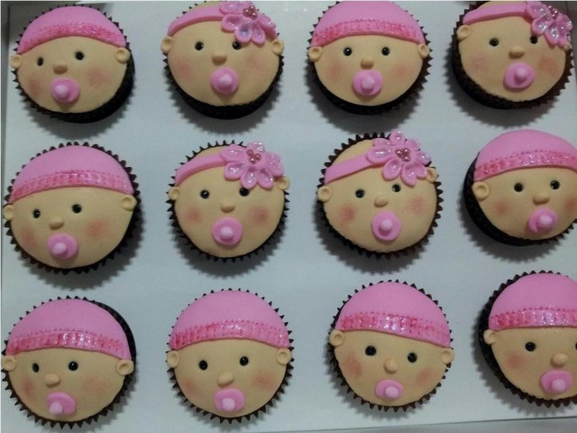 Baby-Shower-Cupcakes-For-Girl