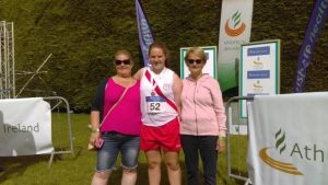 Aoife Giles with Shauna and Grace Giles at the Nationals juvenile championships.