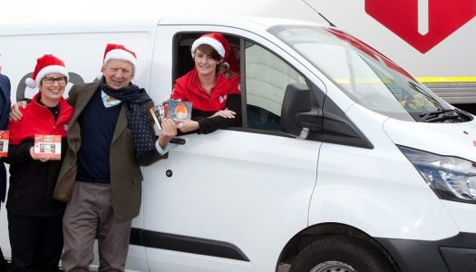 Free Christmas card delivery? Yes please!