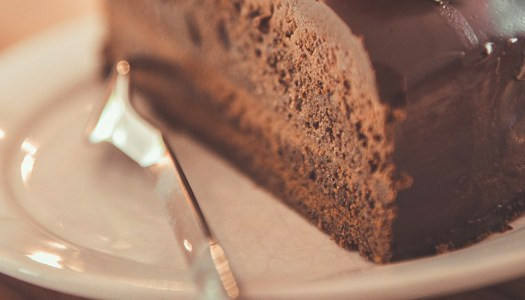 Tesco recalls cake batch over consumer safety issues