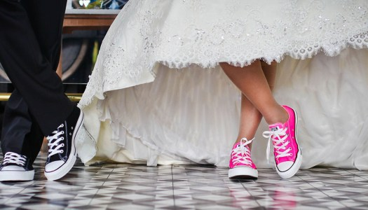 Calling all couples: Would you like to share your REAL wedding stories?
