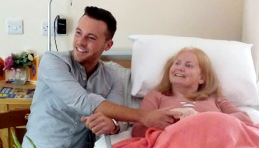 All smiles for Sally when Nathan Carter paid a surprise visit!