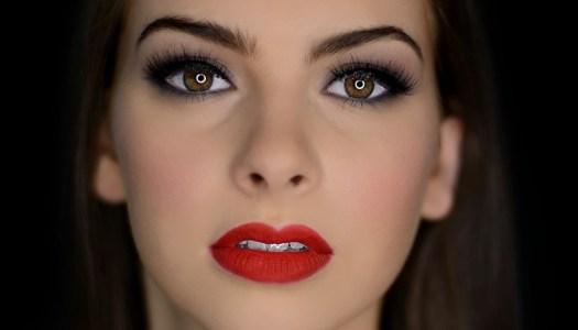 Lynda Loves Makeup: Simply Smokey