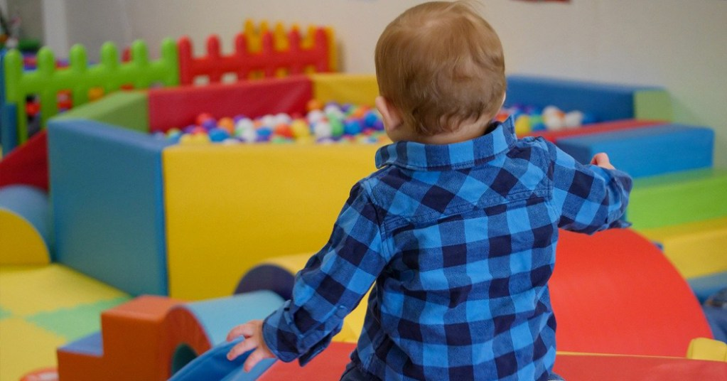 Thoroughly Modern Mammy:  The joy of soft play