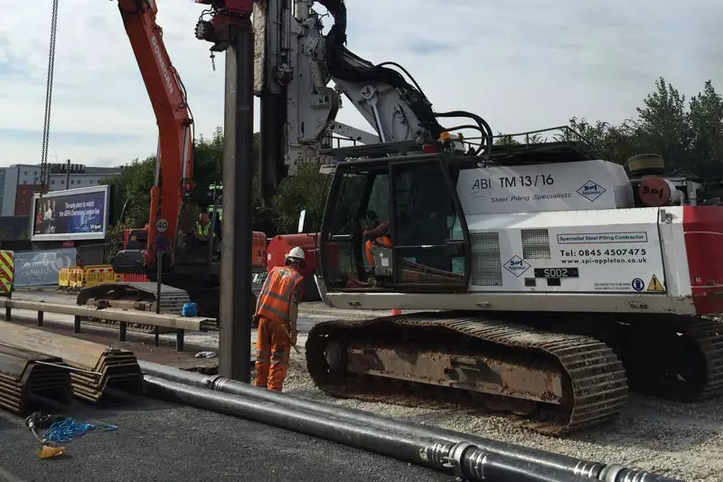 Sheet piling for pipework