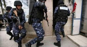 Photo of الشرطة تغلق مقهى وتوقف صاحبه في أريحا