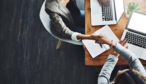 متى عليك مراجعة خطتك المالية؟
