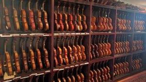 violin1_wide-0c18365a010c2912b2fcb2c20dccb41bad0f04aa-s900-c85