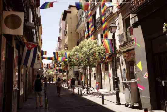 Local markets of Madrid bike tour