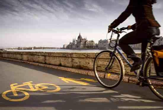 7 things to do in one easy Budapest bike tour