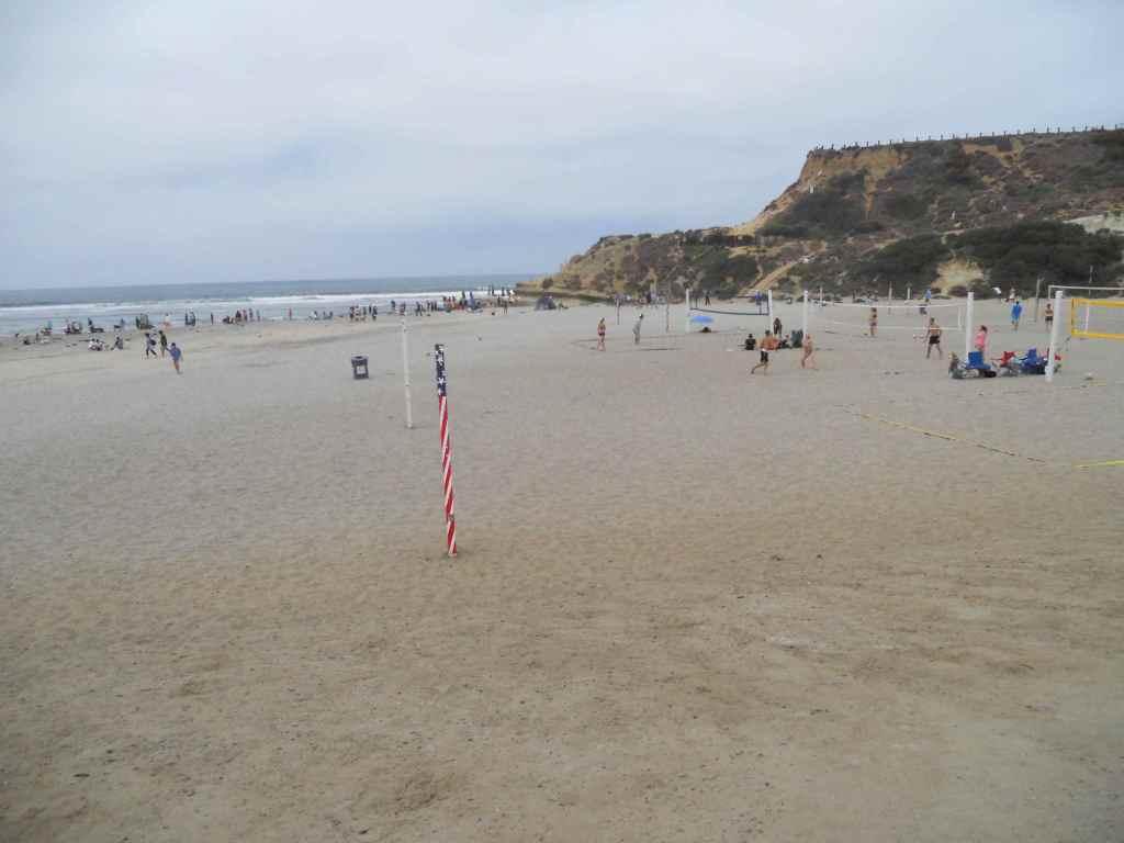 Dog-beach-del-mar