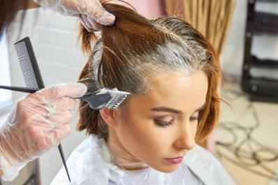 Risultati immagini per i primi capelli bianchi