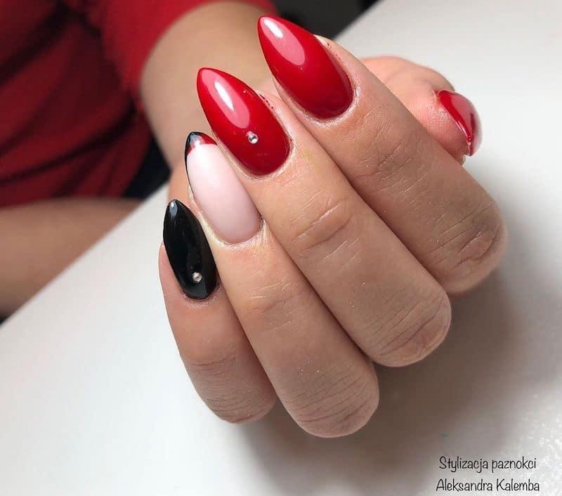 Nail Art Semplici 11 Idee Per Decorazioni Minimal Semplici E