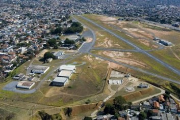 aeroporto_carlos_prates.jpg