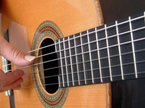 violao Sites de Cursos de Instrumentos Musicais Online