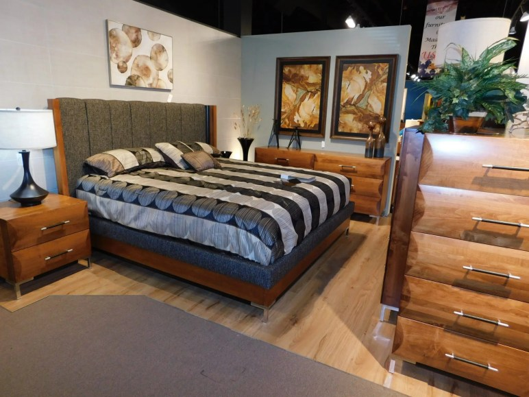American Modern B1D3 Bedroom Wood Species Shown: Brown Maple Size Bed Shown: King Fully Customizable. Please contact us for pricing details.