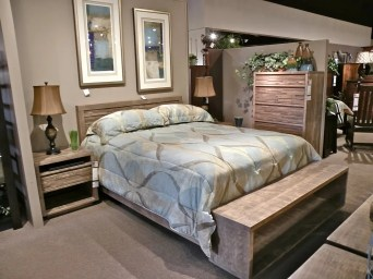 Ledge Rock Bedroom Fully Customizable. Please contact us for pricing details.