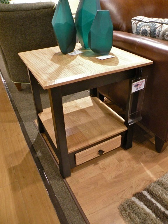 Edinburg End Table *This piece is no longer shown on our sales floor but is still available to order.